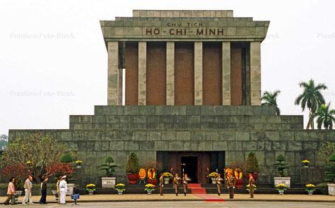 Mausoleum von Ho Chi Minh - VIETNAM