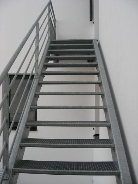 Escalier industriel à Dinan