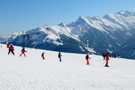 Beim Hasenmuldenlift hinter der Penkentenne - Bild Skischule Finkenberg