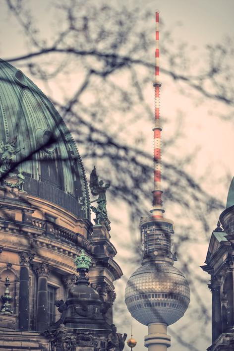 Berlin, Fotokunst, Fernsehturm, Berliner Fernsehturm, TV-Tower, Berliner Dom, Berlin-Mitte, Sehenswürdigkeiten,