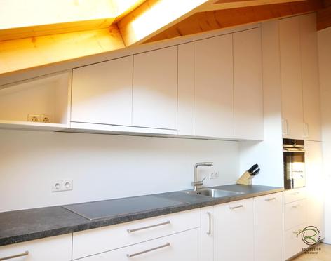 Küche Dachschräge - Holzdesign Rapp Geisingen