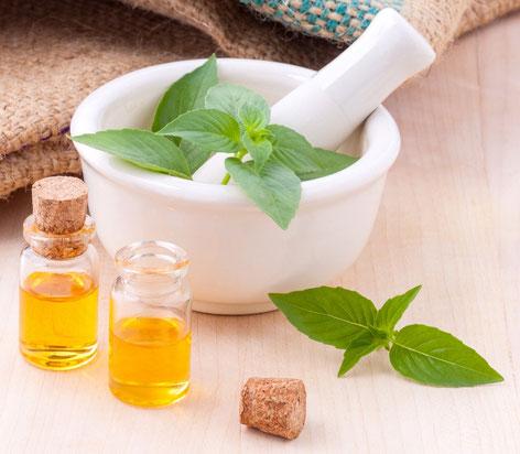 Aromamassage mit ätherischen Ölen