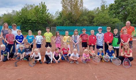 Auf dem Bild von links nach rechts: Jonas Hanfland, Jannik Pöpsel, Moritz Schwertheim, Jonas Hagemann, Julian Esken, Lars Brockmann, Till Luhmann, Alex Malbrandt