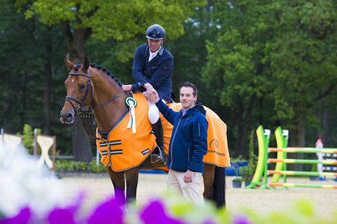 Hartwig Rohde wint 1.45m Lodewijk Assurantien Prijs