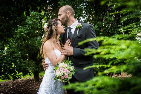 Heiraten im Dorfkrug Weisen mit Hochzeitsfotografen