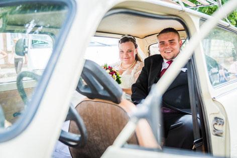 Trabihochzeit in Lenzen und Sargleben. Hochzeitsbilder vom Fotografen aus Wittenberge (Prignitz).