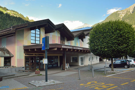 Tubriszentrum mit Bürgersaal