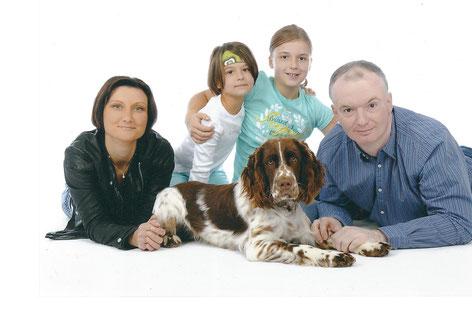 Charly im Kreis seiner Familie, Fotos: Fam. Werner