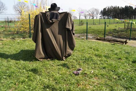 """Gerne ist auch der """"Mensch mit Hut und Mantel"""" unserer Einladung gefolgt..."""