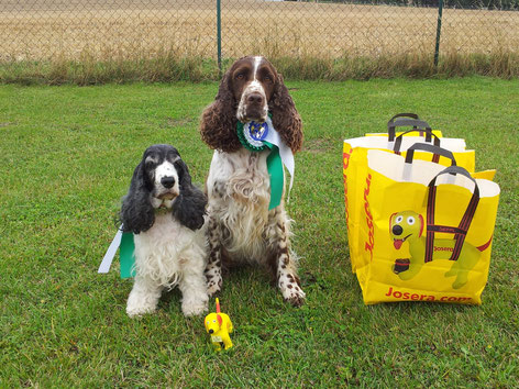 Holly und Jule nach erfolgreichem Wettbewerb. Foto: Svenja Arendt
