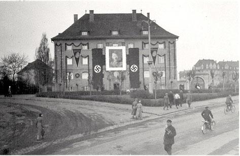 Während des Dritten Reichs - Schillerplatz?