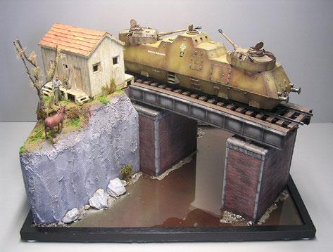 Das kleine Bahnhaus ist wieder ein Scratchbau von Sven - die Brücke ist eine Rarität von Baluard