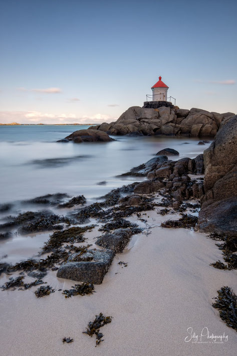 Lofoten / Eggum, Leuchtturm, Langzeitbelichtung, 2019, © Silly Photography