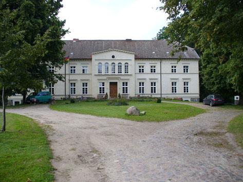 Gutshaus Leistenow