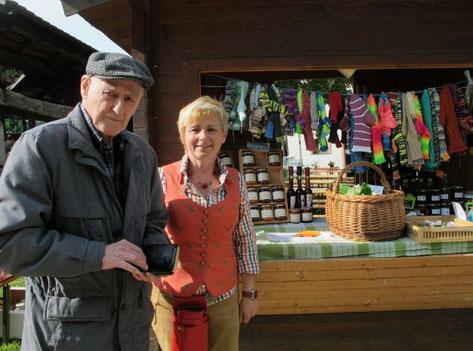 Lisi Kohlfock ist die treibende Kraft am wöchentlichen Großrußbacher Bauernmarkt.