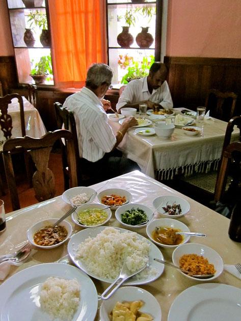 Restaurant im Grand Oriental, Kandy Sri Lanka