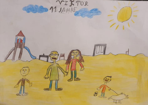 Ein Tag auf dem Spielplatz am Strand mit der ganzen Familie - so stellt sich Viktor (11 Jahre) seine Familienlieblingszeit vor. Der Familienhund ist selbstverstädnlich auch dabei.