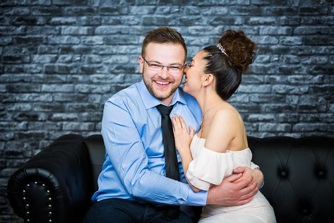 Verlobungsbilder, Engagementshooting vom Hochzeitsfotografen mit Fotostudio in Wittenberge (Prignitz).