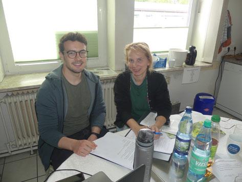 Tanja Neumann und Studenten Nils Scheibner der Leuphana Universität Lüneburg