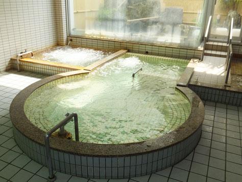 下田温泉 前方後円風呂 電気風呂