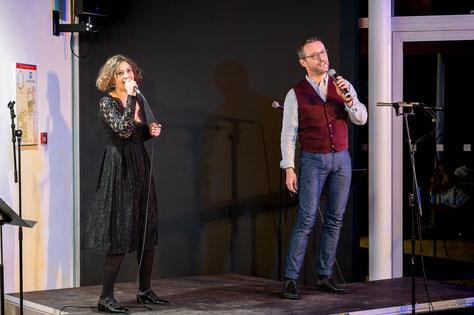 Ecole de musique EMC à Crolles - Grésivaudan : Chanteur de musiques actuelles lors d'un concert