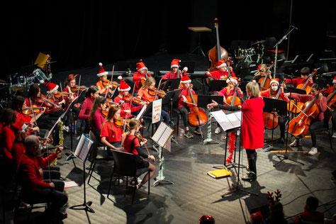 Ecole de musique EMC à Crolles - Grésivaudan : Concert de l'orchestre à cordes Les Annie-Croches.