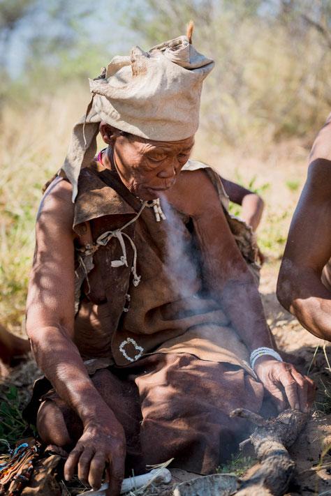 san | bushmen | grassland | kalahari | botswana