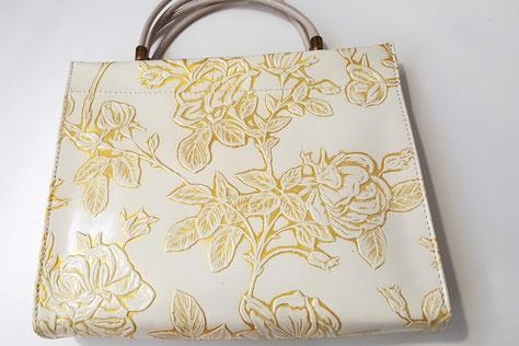 Designer Handtasche Rosen weiß -gold, Lackoptik, auch in anderen Farben und Designs möglich...