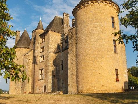 Le château de Montal, à 25 km de Rocamadour, Lot (46).