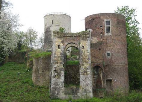 Ruïne kasteel Stein Ondergenhousweg 14 rijksmonument