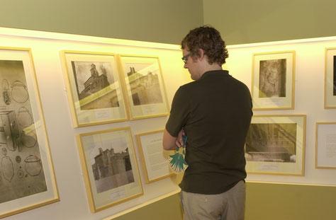 """Exposición """"El arqueólogo Juan Cabré (1882-1947) La fotografia como técnica documental"""". Museo de San Isidro. Madrid. (2004)"""