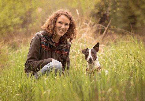 Deine Hundetrainerin - Jennifer Prüfert Hundetraining Duisburg Straelen Niederrhein Ruhrgebiet Trainer Hundetrainer