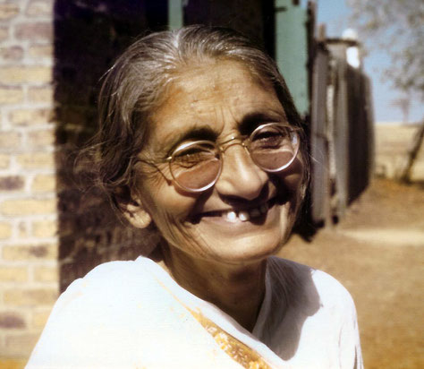 Photo of Mansari by Andy Muir, late 1970's- Meherabad, India