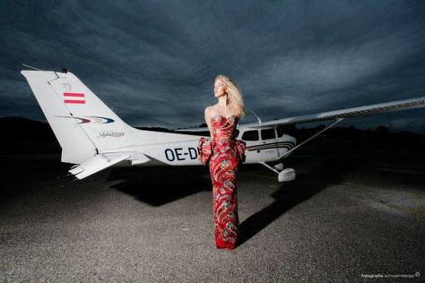 Flugplatz gmunden mit gerhard schwamberger, make up artist krenn isabella sowie hairstylist und Visagist, model mit fotoshooting, visagemodels