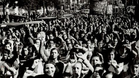 23. 11. 1936: Anarkisten Durrutis begravelse i Barcelona