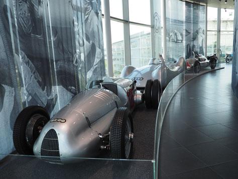 Rennwagen im AUDI Museum Mobile