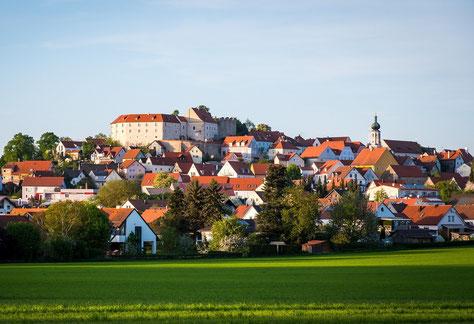 Eine der zahlreichen Burgen die wir passieren in Lipburg