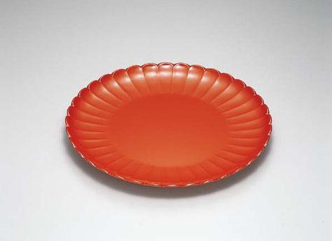 菊額の様な形をしたユニークな大皿 例えば華やかなパーティなどの食材受けに