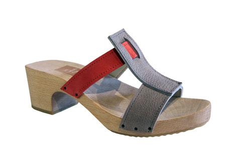 sandale d'été modèle kim, réalisé à la main et sur mesure par isa, maître artisan, des sabots d'isa