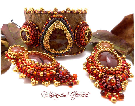 photo-parure-brodee-bracelet-manchette-boucles-d-oreilles-couleurs-automne-pierre-de-gemme-cuir-