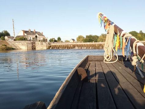 balade-bateau-traditionnel-futreau-cher-touraine-vallee-loire