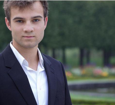 Neuer Dirigent des Kammerorchesters Röttgen ist Nicolas Kierdorf