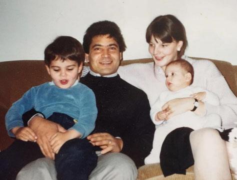 Enzo und Martina mit Kindern