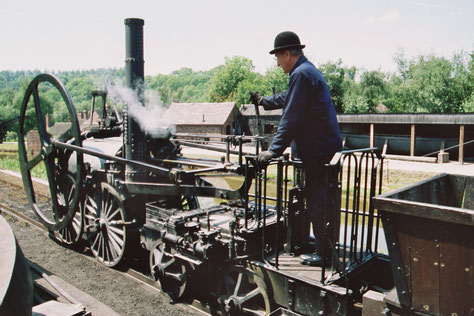 George Stevenson, Ur-Lokomotive 'The Rocket', Rekonstruktion (Ironbridge Gorge, England)