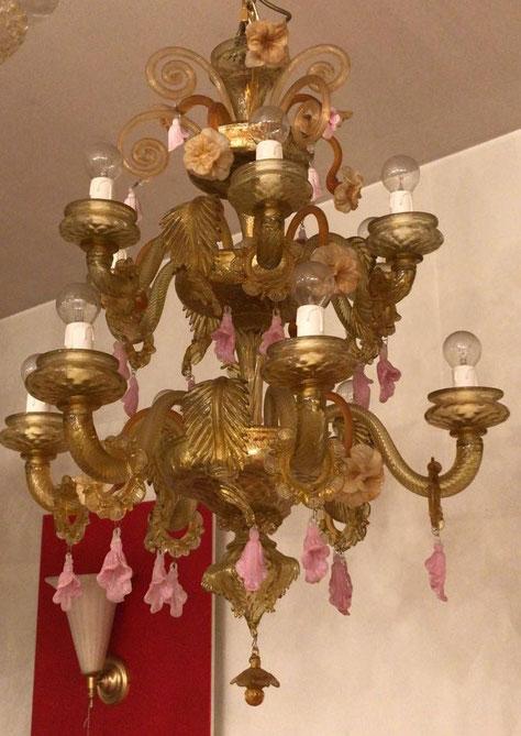 lampadario-in-vetro-di-murano-ambra-e-rosa