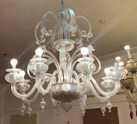 lampadario-di-murano-in-vetro-soffiato-opalino