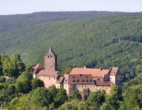 Burg Rothenfels, Wandern im Hafenlohrtal