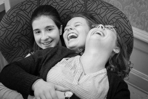 Lachen! Madeleine, Pauline und Catalina (Foto: P. Geister)
