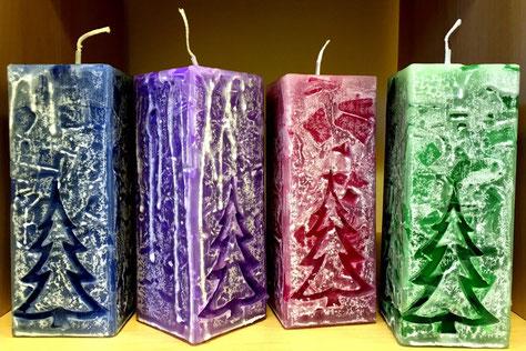 """""""Christmas-Candles"""" - ganzer Stolz der Kerzenhersteller (mehr Infos dazu in meinem Blog)"""