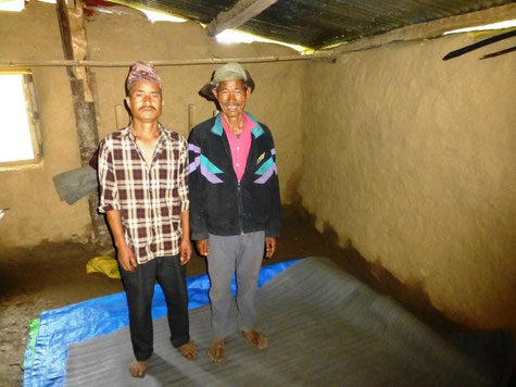 © Fotos ms, Bild: Damai Tamang (rechts)